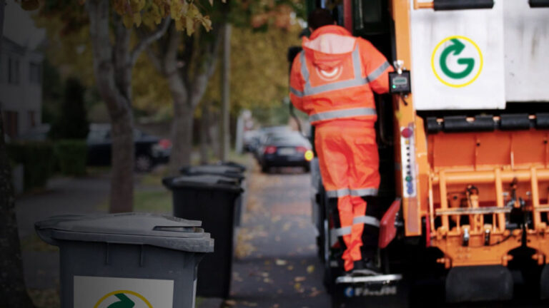 Fibre connectivity from Telcom propelled waste management company, Greyhound Recycling on their journey towards digital transformation